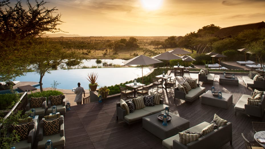 Four season luxury lodge serengeti