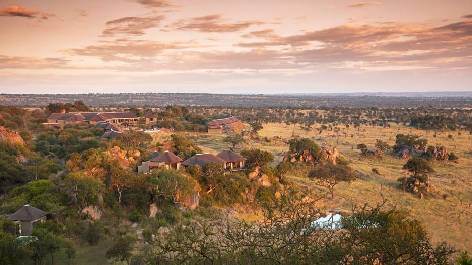 luxury tented camp serengeti