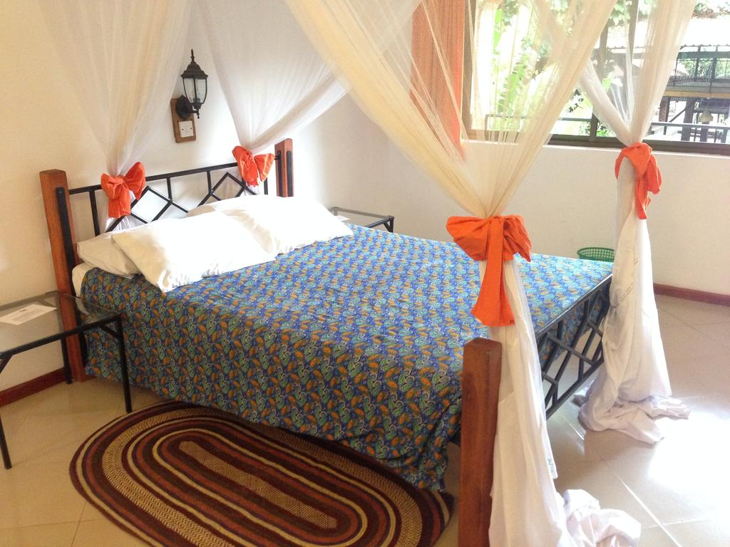 tanzania luxury lodge outpost